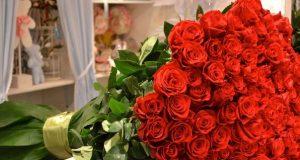 Букет троянд з доставкою