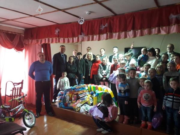 Благодійна акція Дипломатичного клубу Львова до свята Святого Миколая