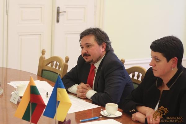 Андрій Білоус обговорив питання двосторонньої співпраці з Послом Литовської Республіки